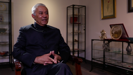 Dr. Chander Khanna