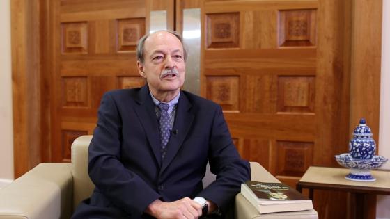 Prof. Dr. Donald Beecher